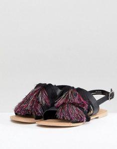 sandales à pampilles
